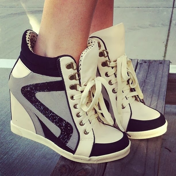 Modern and Stylish, Black, White and Grey Patterned, Fill-Heeled Sport Shoes