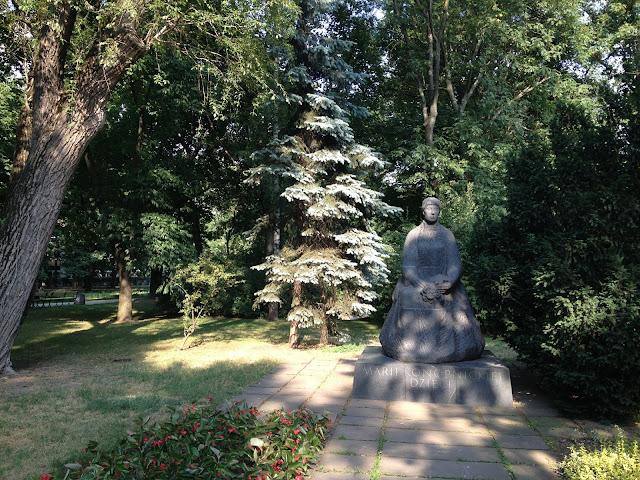 Cztery pomniki wieszczów w Warszawie