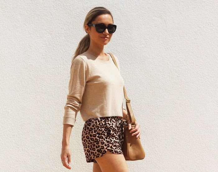 look do dia, outfit, ootd, look of the day, fashion blog, style, style statement, streetstyle, animal print, shorts, camel, satchel bag, calções com padrão de leopardo, nine west, chanel, guess, casual chic look, c&a, sfera, pimkie, new yorker, tendências, outono inverno 2014 2015, dicas de imagem, blog de moda portugal, blogues de moda portugueses