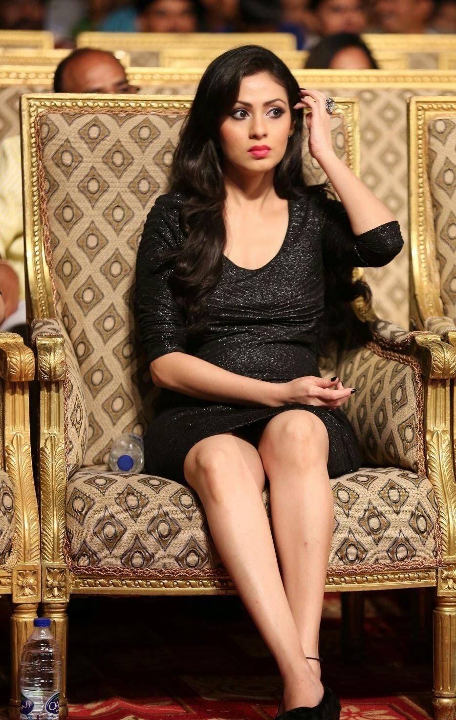 Actress Sada Latest Cute Hot Black Mini Skirt Dress Spicy Thighs Show Photos Gallery at Gama Awards 2014