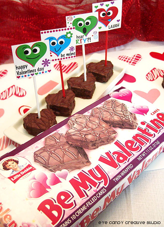 little debbie, valentine cakes, heart shaped cakes, classroom treat