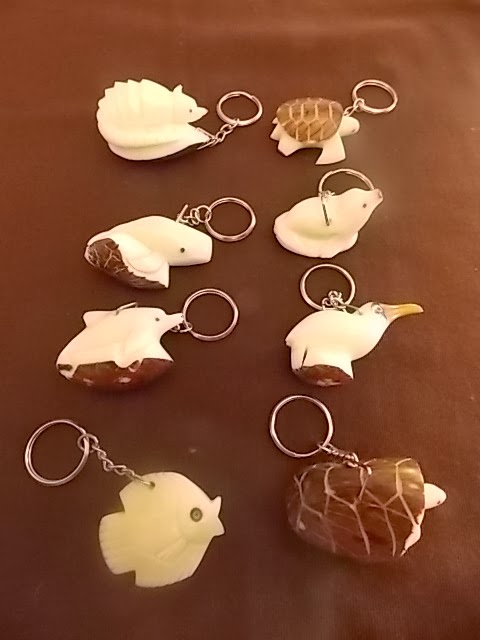 keychains of tagua