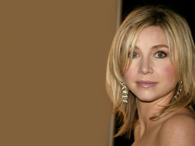 Sarah Chalke Desktop Wallpaper
