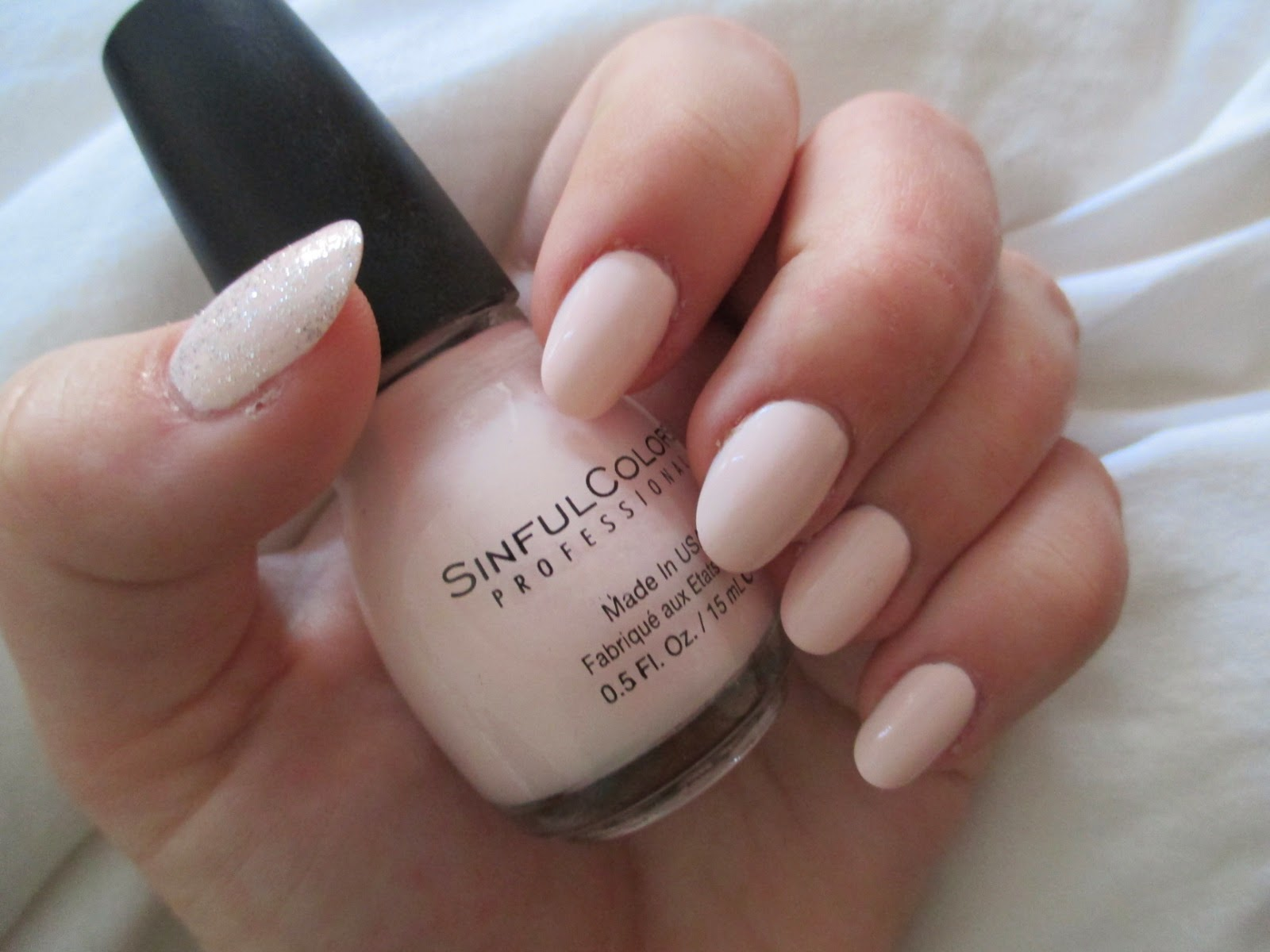 living the life of a daydreamer: REVIEW: Nailene Full Cover Nails