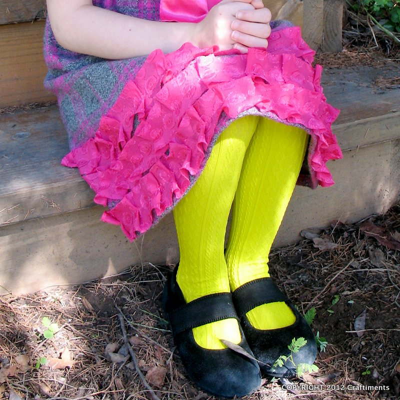 Craftiments: Nylon tights dyed with neon food coloring