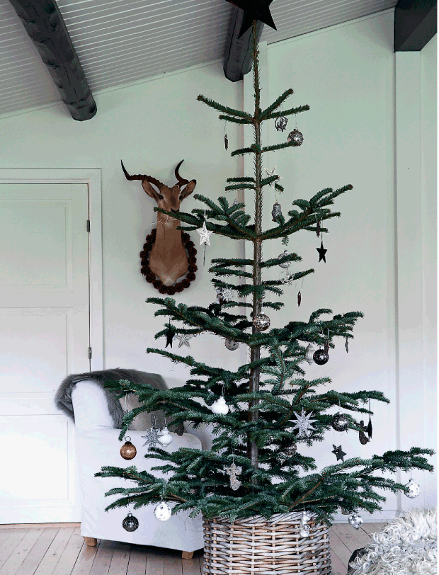navidad-estilo-nordico-blanco-negro-plata