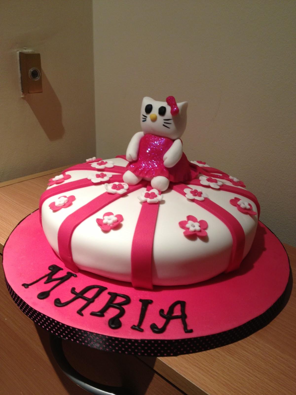 Adventures of a wannabe baker: Hello Kitty 8th birthday