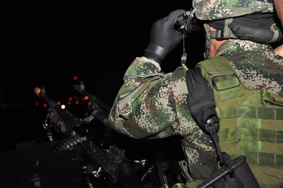 Con la realización del Primer Foro Logístico del Sector Defensa, Colombia sigue firme en sus intenciones por catapultarse como una industria militar capaz de ofrecer servicios de capacitación, mantenimiento y desarrollo de equipos para la seguridad y la defensa en la región.