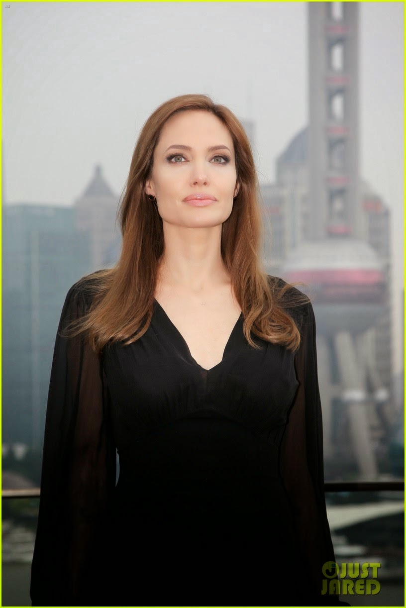 angelina jolie for promotion Maleficent in china