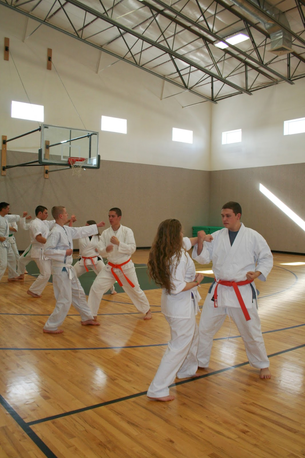 Coed_students_in_karate_Cedar_Ridge_Academy_private_international_boarding_school_therapeutic