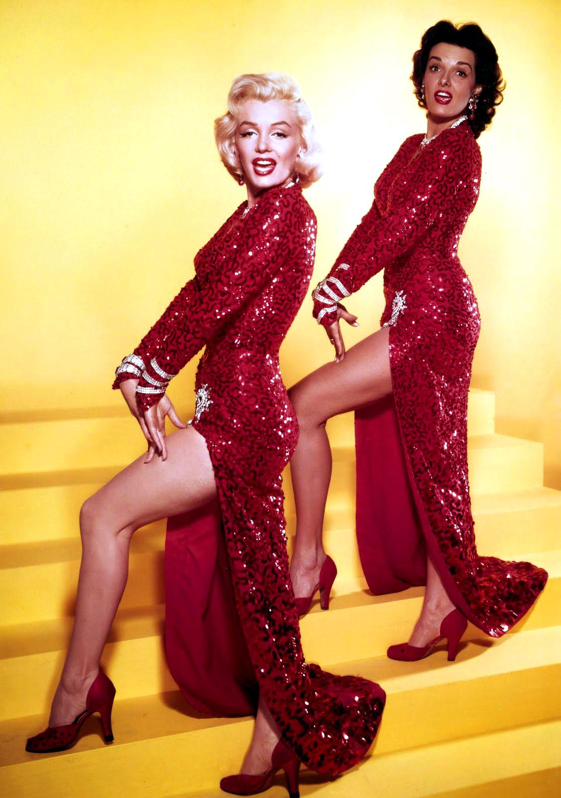 http://1.bp.blogspot.com/-3K5Zbu-4ngo/TpgQOUsdTOI/AAAAAAAALZY/xKsw9SyJ-Ds/s1600/Marilyn-Monroe-with-Jane-Russell.jpg