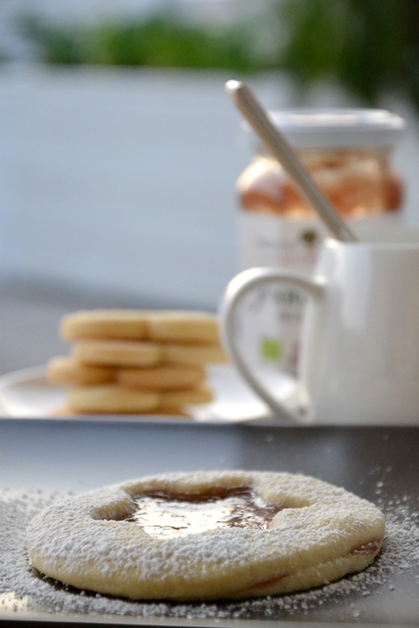frolle alla vaniglia con marmellata di melograno