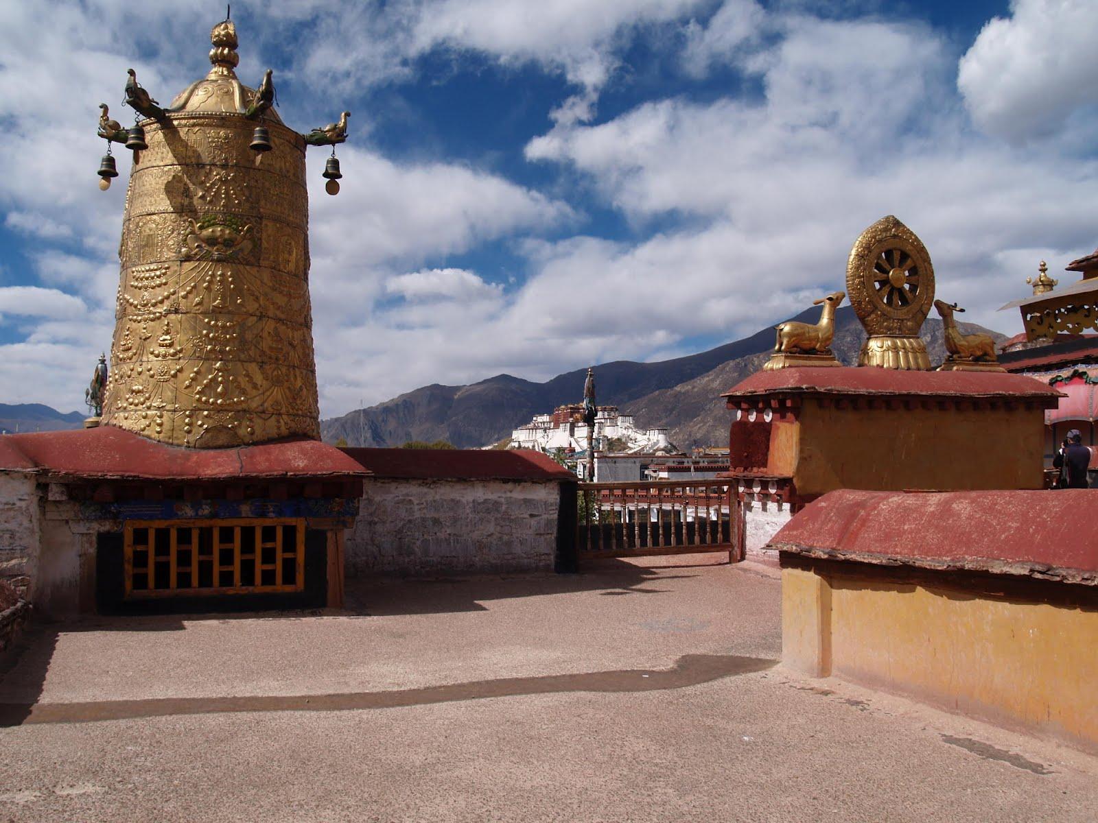 http://1.bp.blogspot.com/-3KRYDDcUtj4/UFWGXoorXLI/AAAAAAAAHTI/ViRdz1fBOz0/s1600/jokhang_temple___tibet.jpg