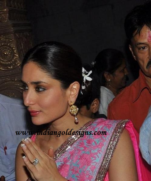 Gold and Diamond jewellery designs: Kareena kapoor in ...