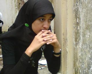 Helmalia Putri