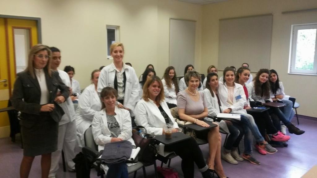 Η Υφυπουργός Υγείας, Κατερίνα Παπακώστα – Σιδηροπούλου στο Κέντρο Υγείας Περιστερίου