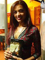 Yolani Martinez,poeta de Olanchito