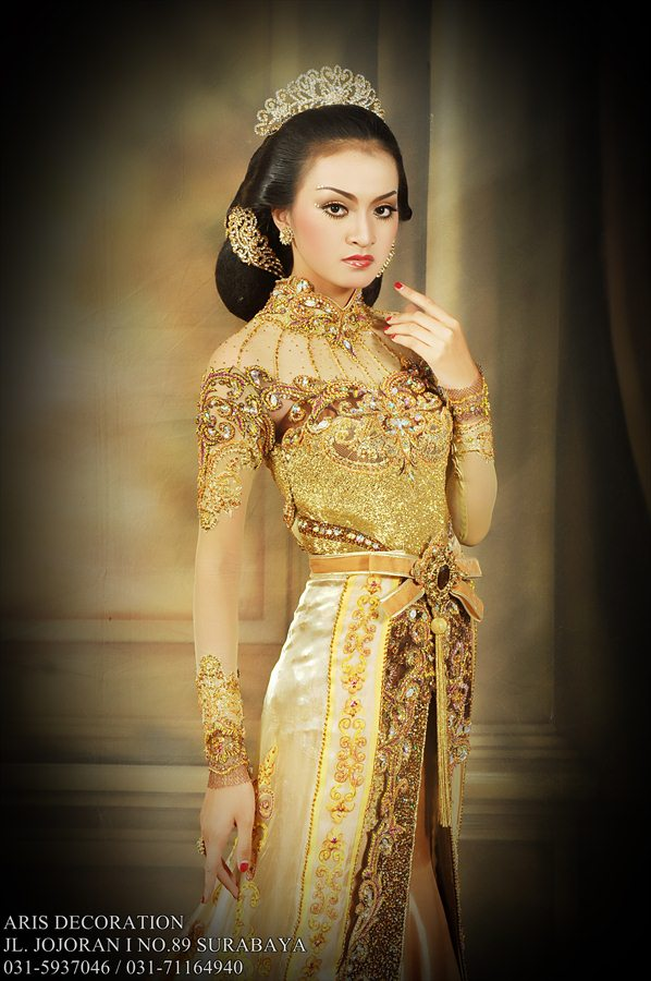 Simple wedding dress galery aris decoration simple wedding dress aris decoration junglespirit Image collections