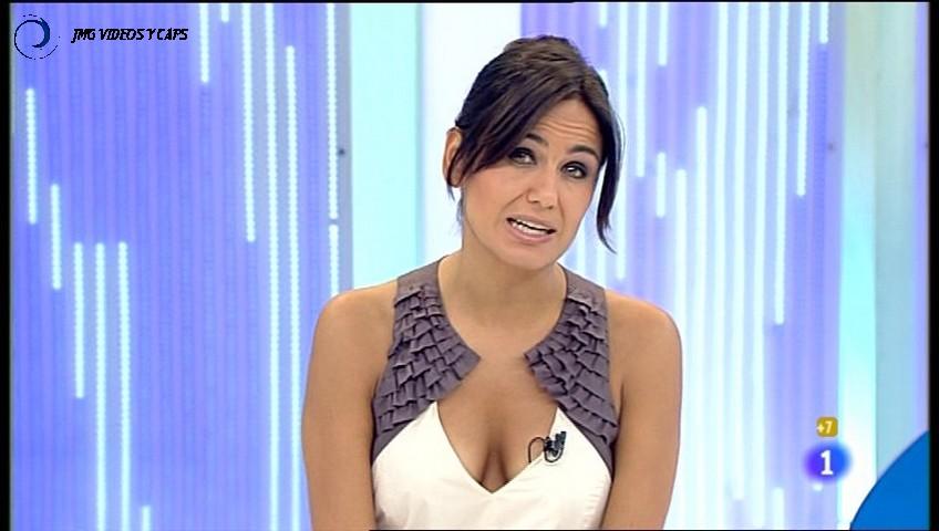 ELENA S.SANCHEZ, Gente (13.07.11) (RESUBIDO)