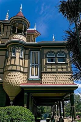Modern Unique Homes Designs