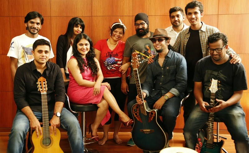 The 'Xaare Aasu' cast and crew