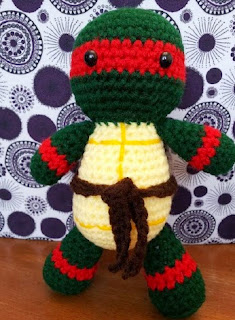 http://www.ravelry.com/patterns/library/raphael-inspired-plush
