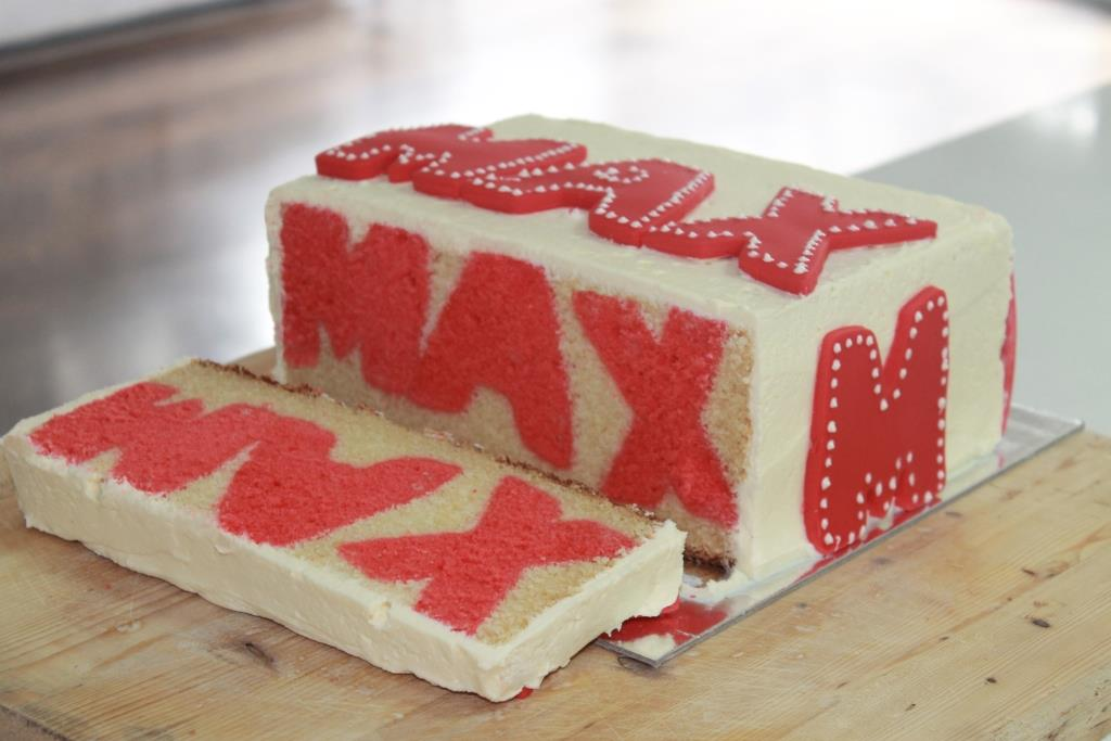 Cake Images And Names : A Moment with Madam Meko: Boo! It s a name cake!