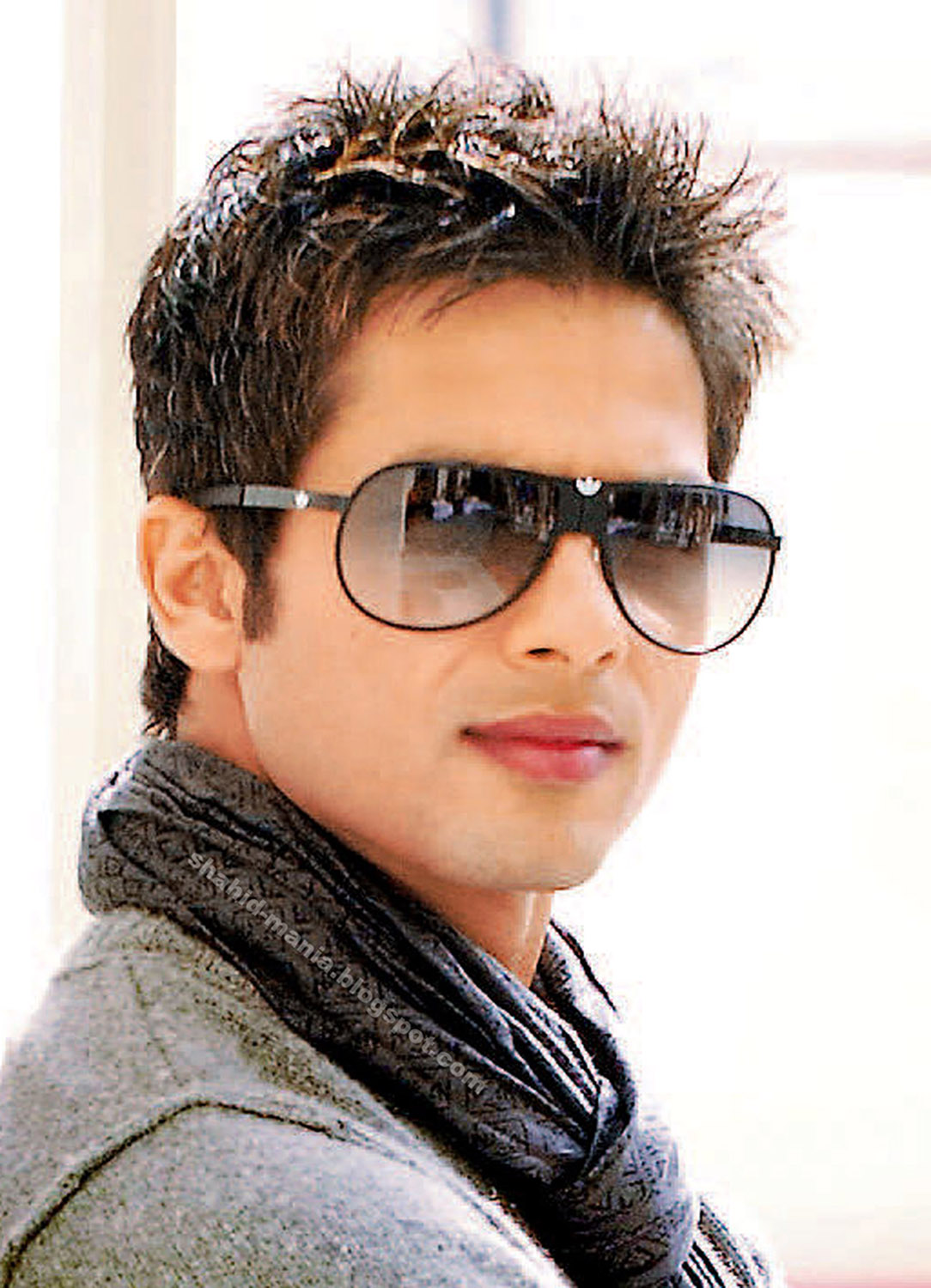 Shahid kapoor 2013 latest hq full hd wallpapers free for New fashion wallpaper