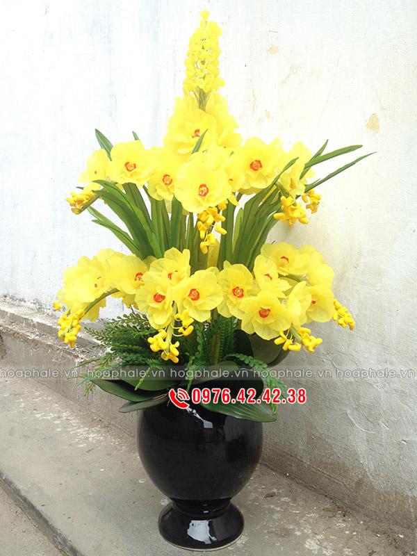 Hoa pha lê lan hồ điệp vàng hai tầng