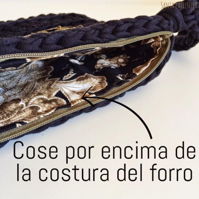связанная сумочка