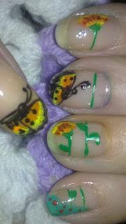 manicura mariposas