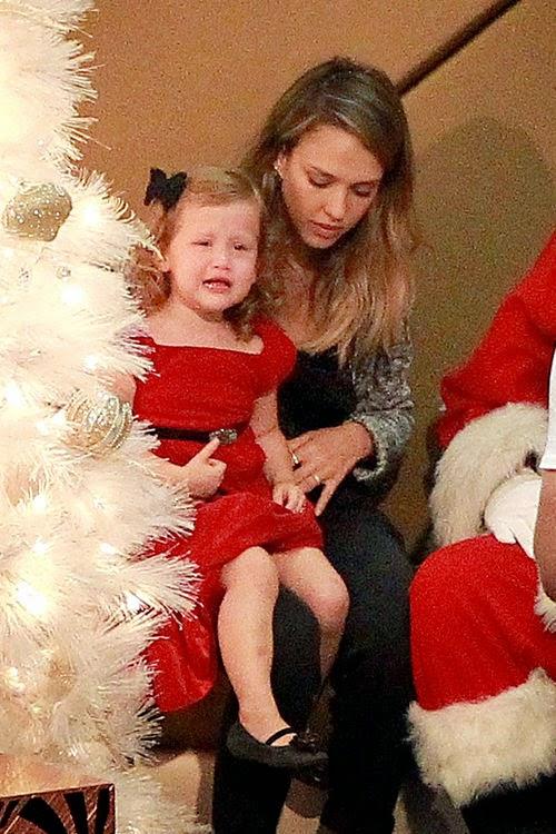 Ho-ho howling cramp! X-Mas nightmare for Jessica Alba