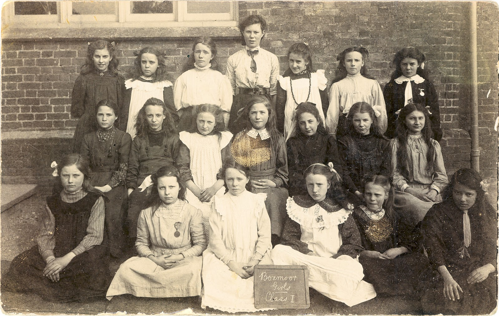 hemel hempstead single hispanic girls Category: prisons cry, the beloved  independent college in manchester and subsequently worked as a minister in hemel hempstead and in east  school for girls.