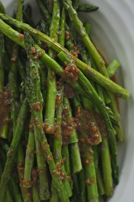 cher stuff: slow roasted asparagus with miso dressing