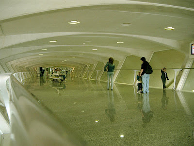 Bandara Sondika, Bilbao