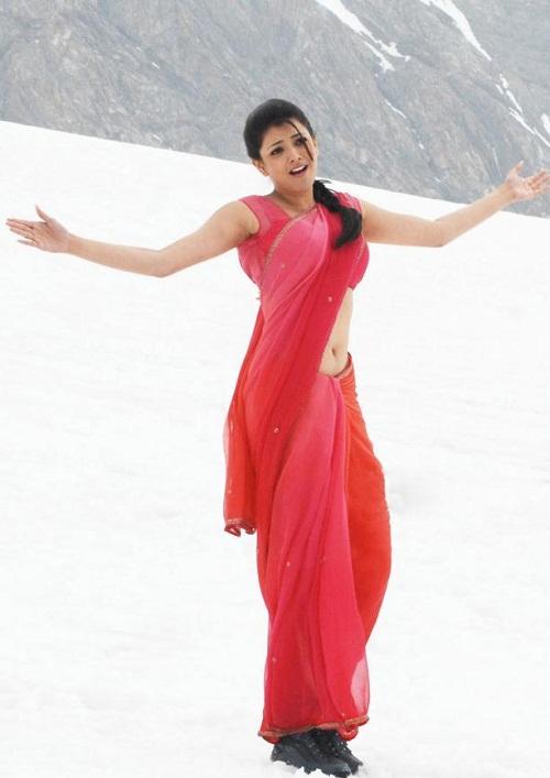 Actress Kajal Agarwal Pink Saree below navel show Photos