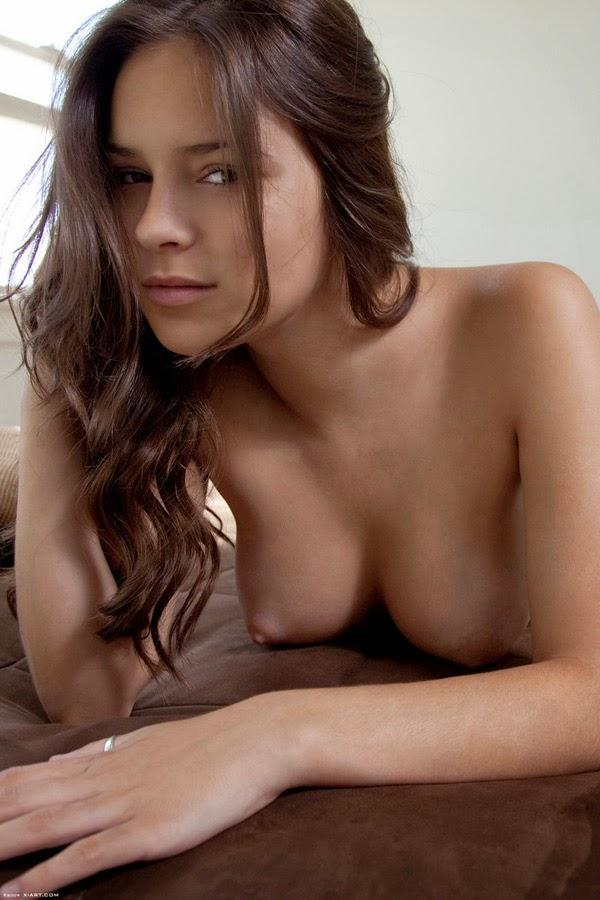 девы голые фото