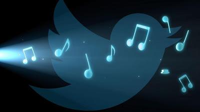 Twitter está planeando lanzar a finales de este mes una aplicación de música independiente para iOS llamada Twitter Music, según informa CNET. Esta app ayudará a los usuarios a descubrir artistas y escuchar música en la aplicación a través de Soundcloud. Europa Press El sistema está basado en la tecnología de We Are Hunted, una 'start-up' con sede en San Francisco (California) que procesa la información de las canciones en los medios sociales, entre otros lugares, y que según CNET, Twitter adquirió el año pasado. La aplicación tendría cuatro secciones, incluyendo un apartado de sugerencias para la música recomendada, una
