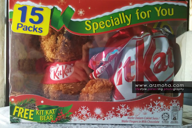 kitkat bersama teddy bear, teddy bear with kitkat, kitkat 15 packs,