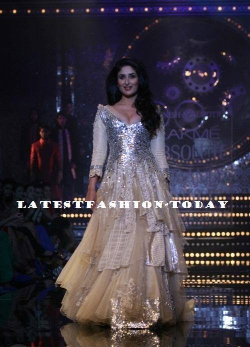 Manish Malhotra Show at Lakme Fashion Week 2011