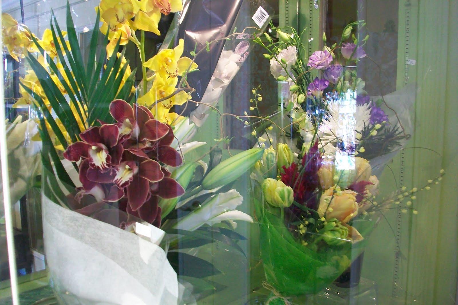 Flower baskets calgary spring flower basket grower direct in flower baskets calgary from nature to home marlow floralworks calgary alberta izmirmasajfo