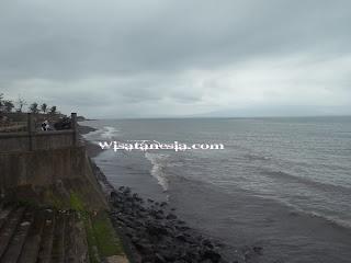 Pantai Blimbingsari