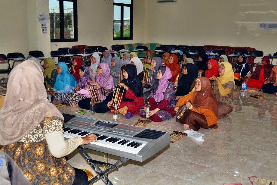 Praktek Seni Musik