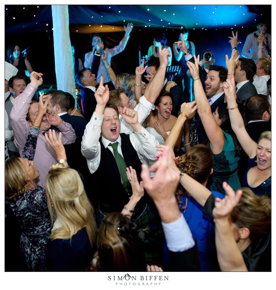 Wedding dancing - Simon Biffen Photography