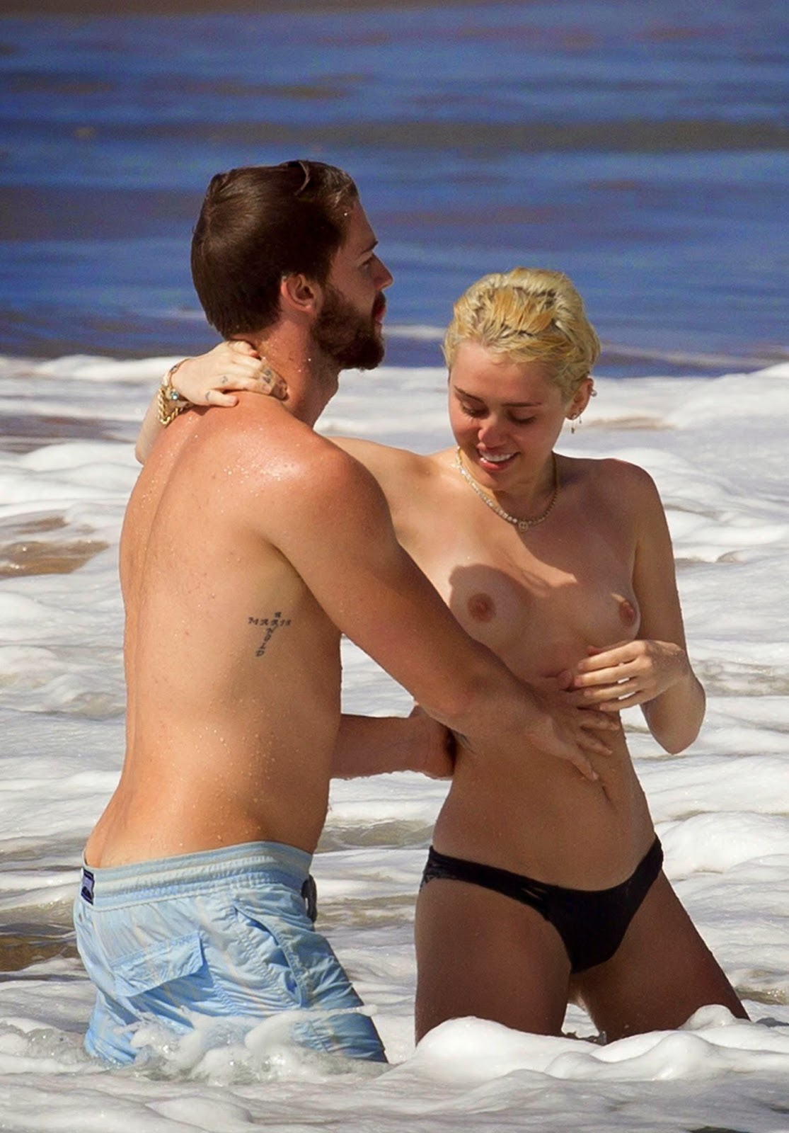 sexy-miley-cyrus-naked-ass-butt-fetish-fuck