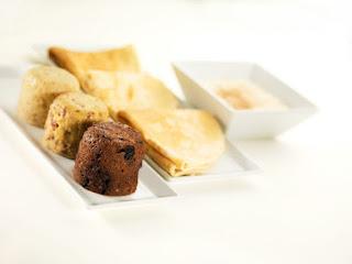 Os substitutos alimentares Pronokal vêm em sachês que, quando diluídos em água se transformam em em alimentos de consumo habitual, como panqueca, omelete, doces, café e suco(Pronokal/Divulgação)