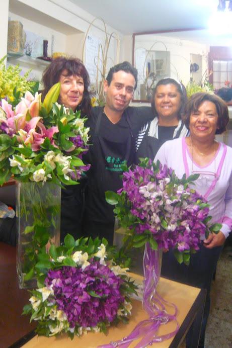 Workshop de Arte Floral com presença da aluna Eliane (Salvador -BH) Ilma de SP .