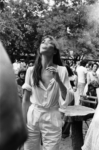Jane Birkin all white trousers
