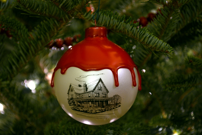 cozy birdhouse | maker's mark christmas ornament