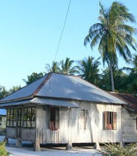 rumah adat bangka belitung 263x300 Gambar Rumah Adat Indonesia